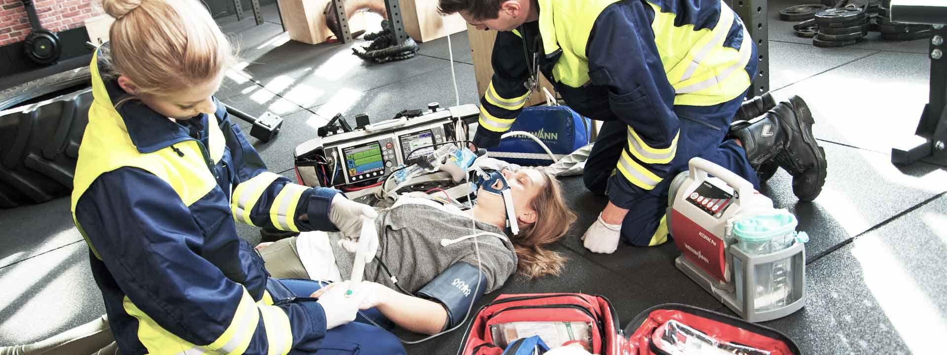 استفاده از ساکشن در آمبولانس